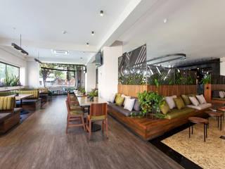 Hoteles de estilo moderno de DUCO Laboratorio de Diseño Moderno