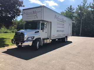 Preferred Movers NH:  Kitchen by Preferred Movers NH,