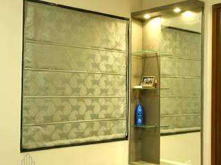 Aparna Cyberlife Modern dressing room by Meticular Interiors LLP Modern