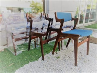 Cadeiras de sala de jantar:   por Sóbrio Olhar, Lda.,