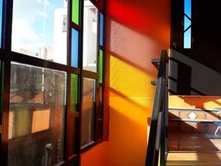 Maisons minimalistes par VETROLUX ABERTURAS Minimaliste