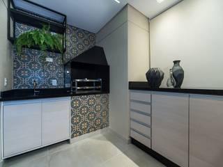 من Fernanda Patrão Arquitetura e Design حداثي