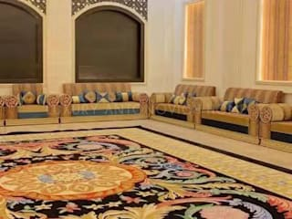Superb Custom Made Carpet:   by Luxury Antonovich Design,