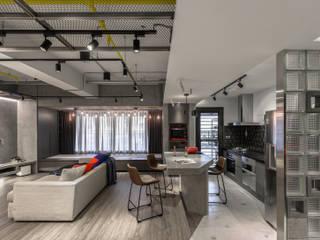 Moderne Wohnzimmer von 湜湜空間設計 Modern
