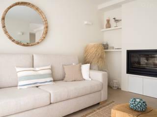 MUDA Home Design:  tarz Oturma Odası,