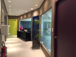 Study/office by Maestrelo Arquitetura e Interiores, Modern