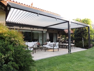 Terrace by Comercial Dominguez, Modern