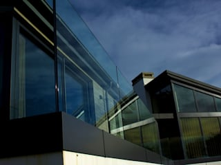Frameless Glass Balustrade by Camel Glass Modern