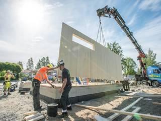 Construcción con CLT (madera contralaminada), el hormigón del futuro.:  de estilo  por QuimeraWorks,