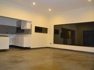 Mediterranean style living room by Casas Metal Mediterranean