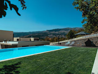 Jardim de Habitação Unifamiliar Jardins minimalistas por Hugo Guimarães Arquitetura Paisagista Minimalista