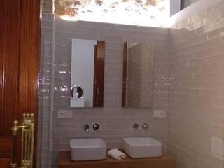 Proyecto y Reforma en Vivienda en Casco Antiguo de Anna Baños de estilo rústico de Gestionarq, arquitectos en Xàtiva Rústico