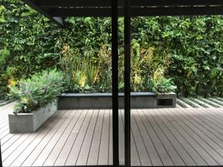 Terraza Ruiz AA Arquitectura y Paisaje Balcones y terrazas de estilo rústico
