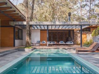 Saavedra Arquitectos Rumah Modern Besi/Baja