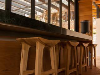 Saavedra Arquitectos Built-in kitchens Wood