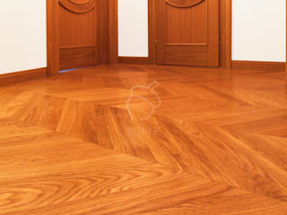 Roble Classic corridor, hallway & stairs Wood Brown