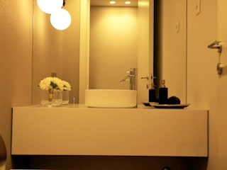 WC de serviço : Casas de banho  por Ci interior decor,Moderno