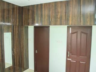 Bedroom Wardrobe Design: modern  by Ajith interiors,Modern
