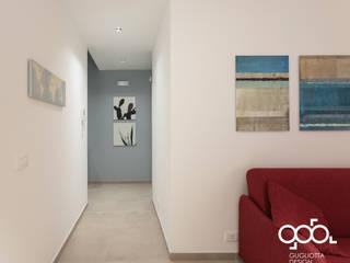Dinding & Lantai Gaya Mediteran Oleh giovanni gugliotta architetto Mediteran