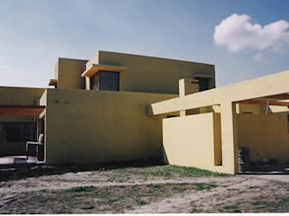 Casas unifamilares  por AOG, Minimalista