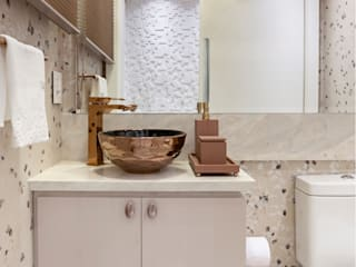 Bathroom by G'S Arquitetura&Interiores, Classic
