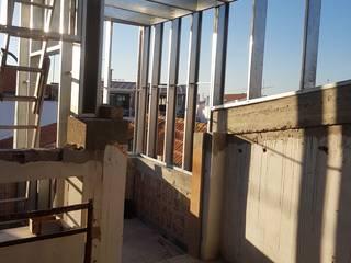 : Habitações multifamiliares  por Nova Forma,Clássico