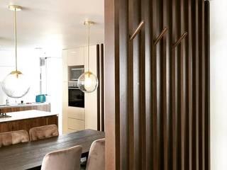 entrearquitectosestudio Pasillos, vestíbulos y escaleras modernos Madera Acabado en madera