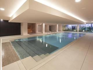 Moderner Spa von Wedi GmbH Sucursal España Modern