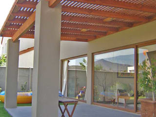 Terrace by Comercial Dominguez, Rustic