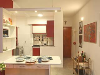 Apartamento - Centro Célia Orlandi por Ato em Arte Salas de jantar modernas