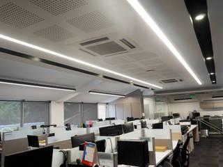 Diseño interior Oficinas Multinacional de Software de Velasco Arquitectura Moderno
