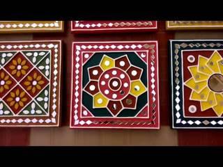 Kutchi Lippan Work, Beautiful Mud Mirror Wall Art, Attractive Wall Decoration Ideas, Mud Art: modern  by City Trend,Modern