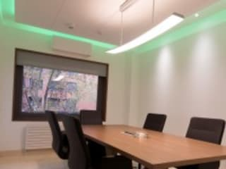 Estudios y oficinas modernos de Domonova Soluciones Tecnológicas para tu vivienda en Madrid Moderno
