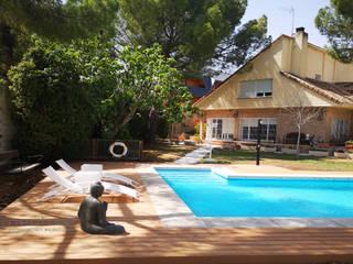 Tarima tecnológica piscinas NeoTeck Wood Piscinas de estilo colonial de Neoture Innovación Ecológica Colonial