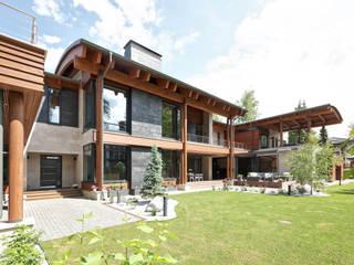 Country house by Роман Леонидов - Архитектурное бюро, Modern