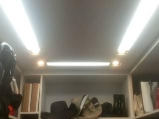 Iluminação Closet por Chandelier Instalações
