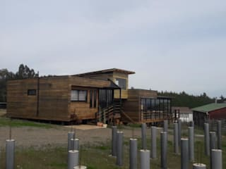 ampliacion rancho pinares, punta de lobos, pichilemu , chile de Q-bo proyectos de construccion Rústico