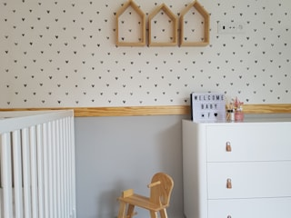 MIA arquitetos Minimalist nursery/kids room