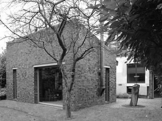 by CATALANOQUIEL Architekten