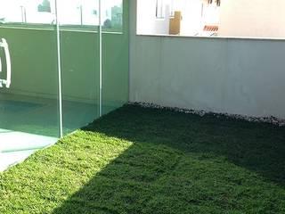 espaço pet na varanda Jardins campestres por Telhado Verde e Jardim Vertical SP Campestre