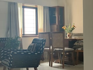 1202, Mumbai:  Living room by insitu by kalakaarihaath,Classic