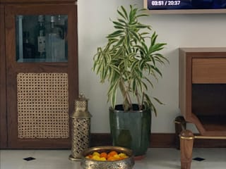 1202, Mumbai:  Media room by insitu by kalakaarihaath,Classic