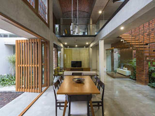 Asian style houses by Công ty TNHH ONESE Asian