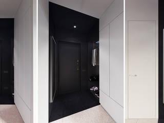 Couloir et hall d'entrée de style  par MOON Home, Minimaliste
