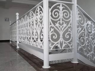 Fundidos Design SA de CV Tangga Aluminium/Seng White