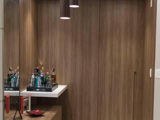 Minimalist corridor, hallway & stairs by Estudio MOOD Minimalist