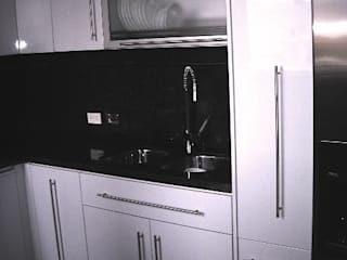 Cocina Colina Campestre: Cocinas integrales de estilo  por Insitu Hogar, Moderno