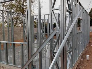 Obra LR Casas minimalistas de do Arquitectura (Construcción en Steel Framing y Panales Sip) Minimalista