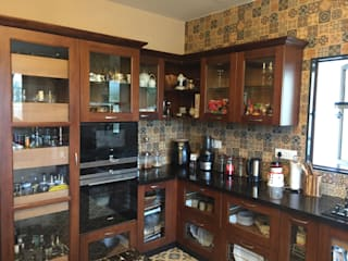 Teak wood kitchen with Island counter Hoop Pine Interior Concepts Kitchen units Wood Brown