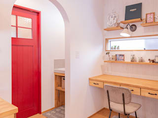 ベーシックナチュラルスタイルの家 ラスティックデザインの 書斎 の クローバーハウス ラスティック